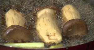Món 114 – Nấm cây sốt tam vị